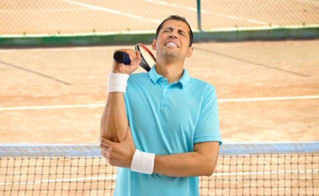 プレーをしながらテニス肘を治す方法